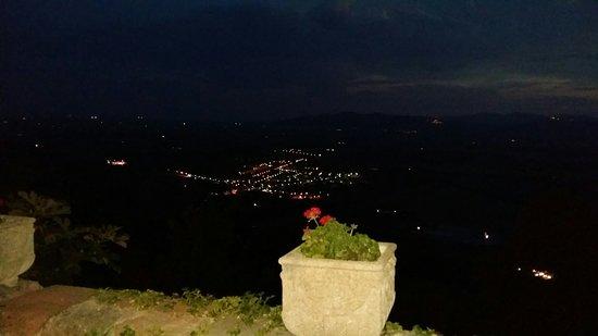 Montepescali, Italy: 20180804_210834_large.jpg