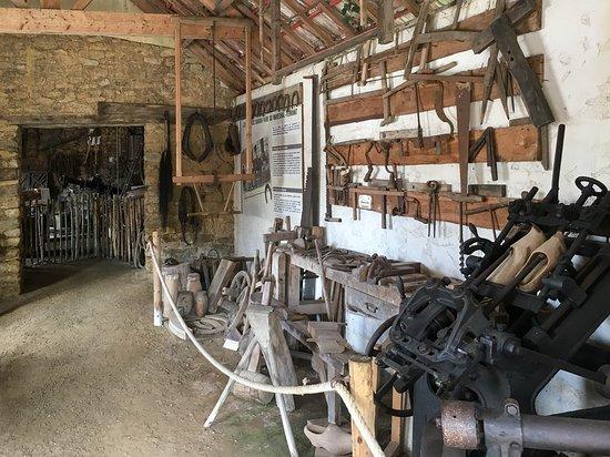 Pledeliac, France: l'atelier du cordonnier