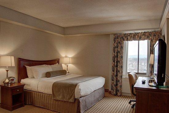 Berkshire Plaza Hotel