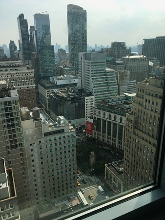 View From 39 Floor Picture Of Embassy Suites By Hilton New York Manhattan Times Square New York City Tripadvisor