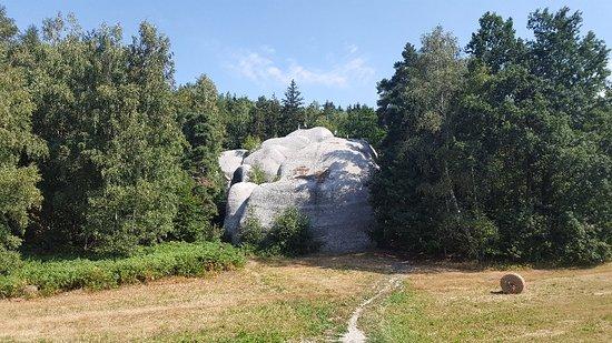 Výsledek obrázku pro bílé kameny