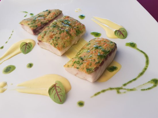 Kornat: Sea bass with saffron cream