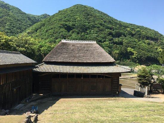 Hitoyama Rikyu Hachiman Shrine