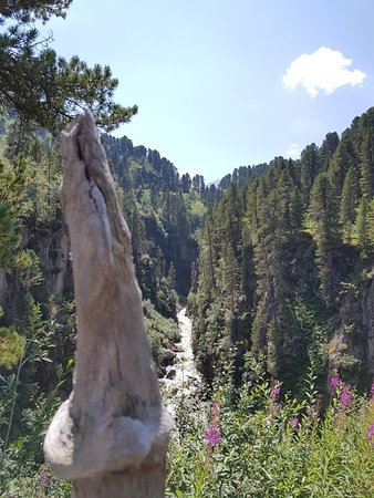 Feichten, Austria: Kaunertaler Gletscherstrasse auch im Sommer ein Erlebnis!