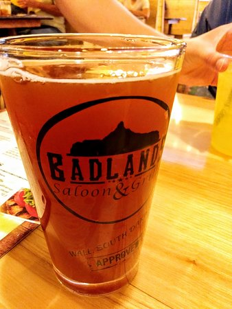 Badlands Saloon and Grille: Cold, Local Beer