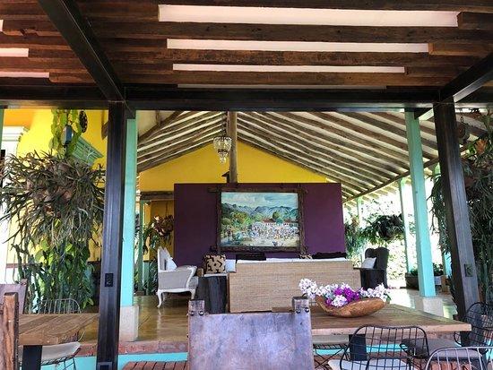 Hacienda La Sierra Photo