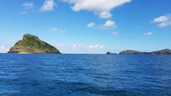Around the corner - モヘリ島、...