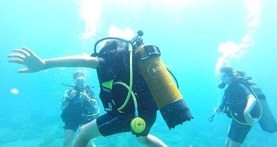 Plongee Bord de Mer: exercices de plongée avec les enfants
