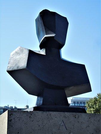 Statue de Georges Bernanos