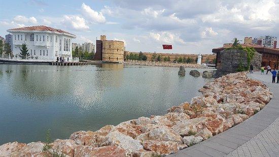 Ecdad Parkı