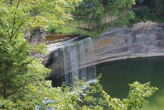 Albany, KY: Seventy Six Falls