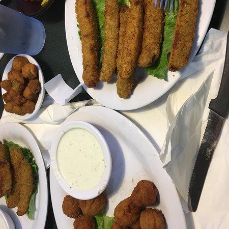 Goldie S Patio Grill Tulsa 6121 E 61st St Restaurant