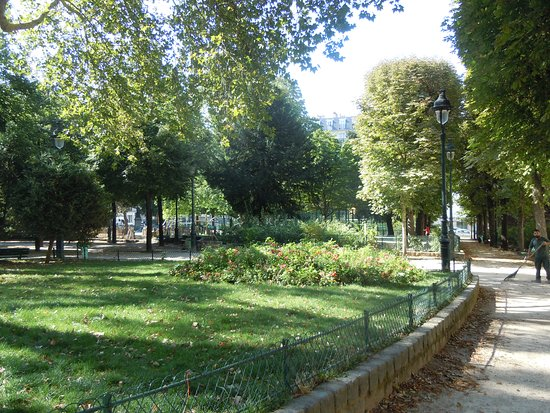 Square des Epinettes