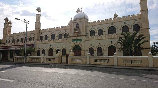 Masjid Ahmediyah