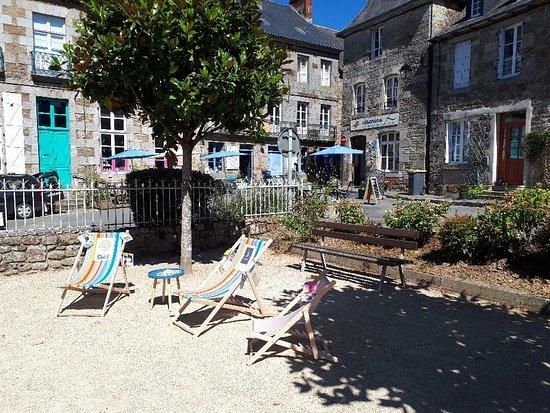Becherel, France: Cafe Librairie Gwrizienn