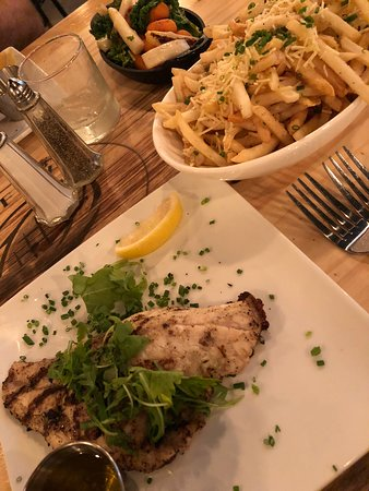 Lake Zurich, IL: snapper, truffle fries and vegetables