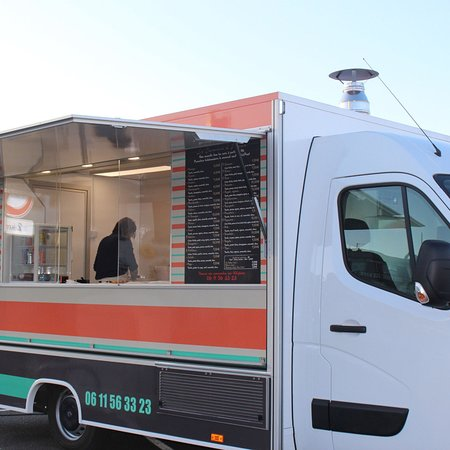 Le Camion A Pizza