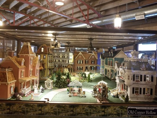The Great American Dollhouse Museum: 20180725_112143_large.jpg