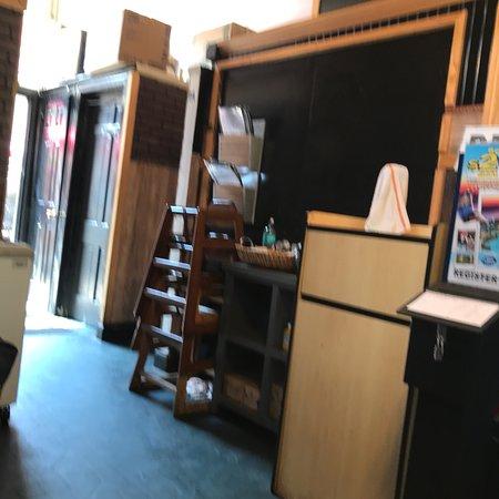The Coffee Mill : photo2.jpg