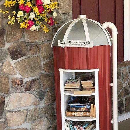 Elbridge, NY: Free Library