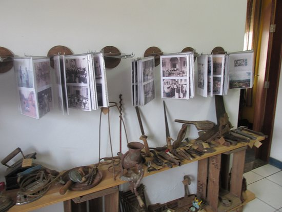 Borda da Mata: Museu e artesanato