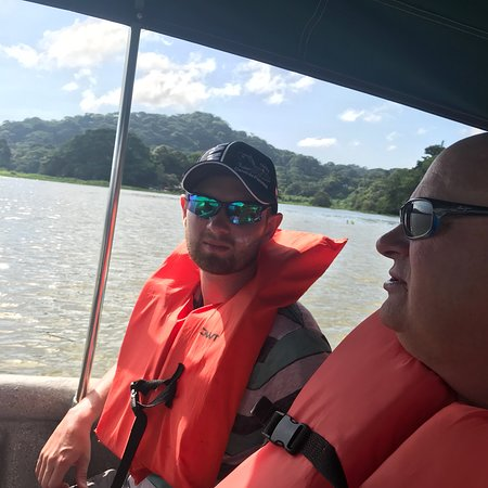 Excursion d'une journée à l'île aux Singes et dans un village indien au départ de la ville de Panama, Panama Photo