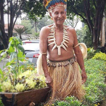 Amigos indigenas.