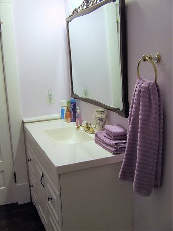 lavender room large vanity antique mirror picture of the jewell rh tripadvisor com