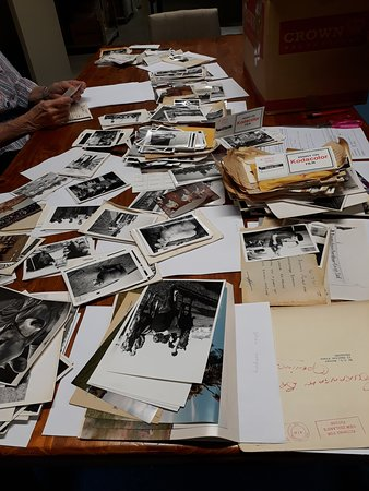 Feilding, Neuseeland: Photos and documents from local groups, businesses and individuals are donated to the Archive