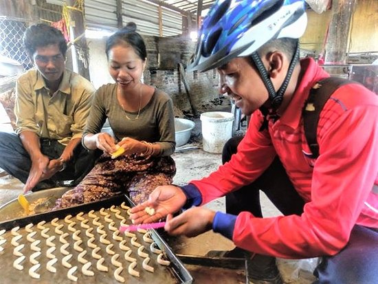 Learn to make a Kampot traditional dish