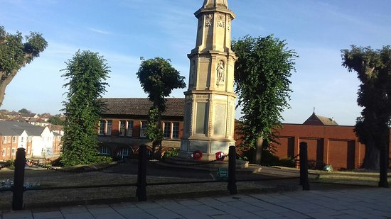 Rushden War Memorial