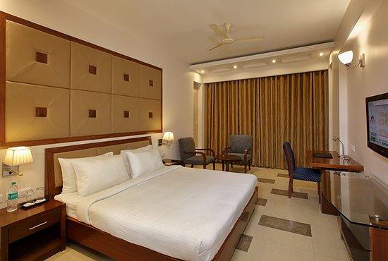LEMON TREE HOTEL, BADDI (Himachal Pradesh) - Hotel Reviews, Photos