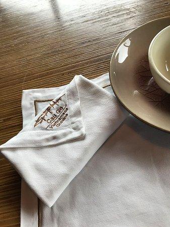 Cau Go Vietnamese Cuisine Restaurant: Nice napkin!