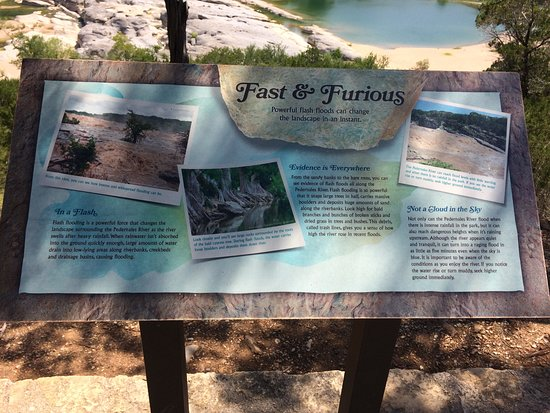 Pedernales Falls State Park: Excellent explanatory panels