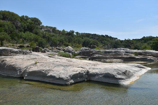 Pedernales Falls State Park: Rocks to explore