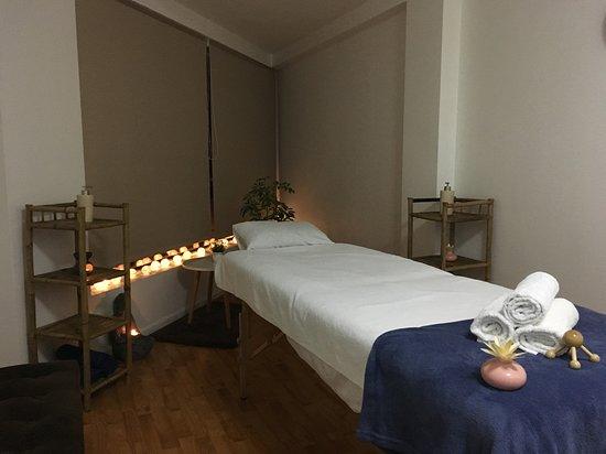 AcuatroManos Massage Spa