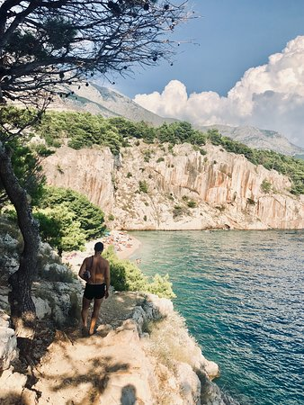 Makarska, Croatie : The walk to Nugal FKK Beach