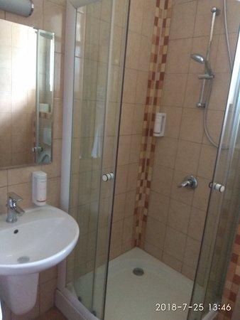 Krušovice, Česká republika: shower