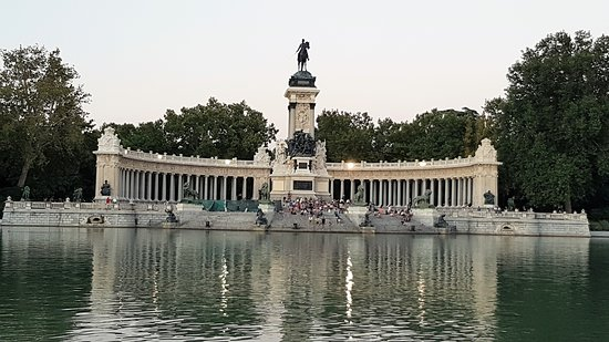 Hotel Hospes Puerta de Alcala: Retiro Park