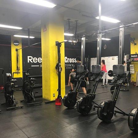 reebok crossfit gym