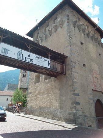 Glorenza Porta Tubre