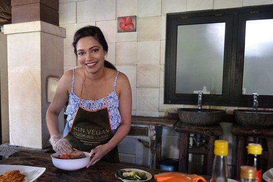 Seminyak, Indonesië: Kin Vegan Cooking Class