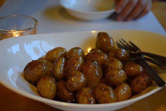 Pension Ashitanomori: Home grown potatoes from the owners of Ashitanomori