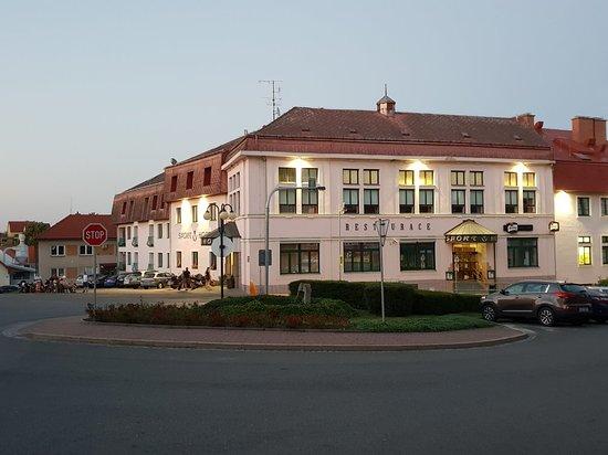 Hrotovice, Tjeckien: 20180803_210054_large.jpg