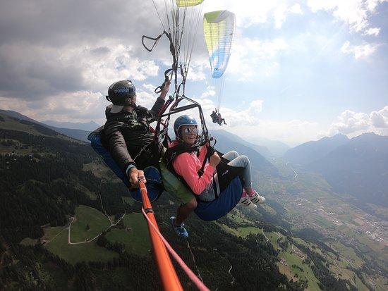 Lienz, Austria: Zwei Teenager (12,14) lieben den Kick!
