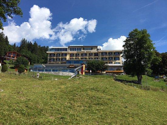 Maerchenhotel Bellevue: Das Märlihotel in Braunwald