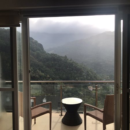 Swiss county has great place to stay in Munnar. Staff is great and food is delicious . In mornin