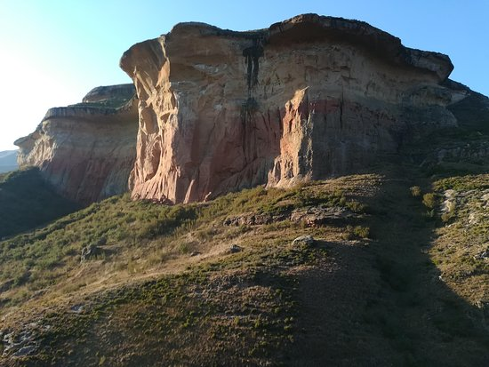 Golden Gate Highlands National Park: Colors change with the sun
