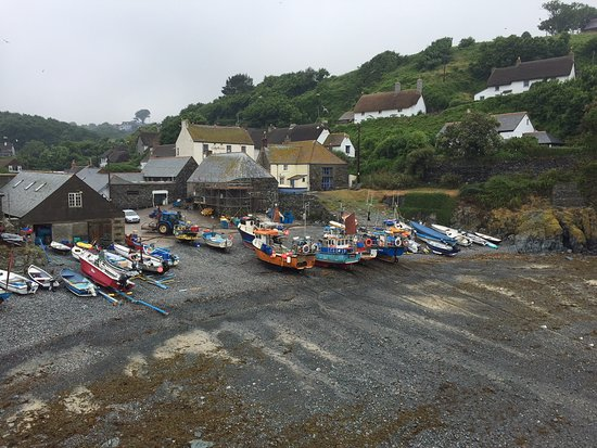 Cadgwith Bay and hotel