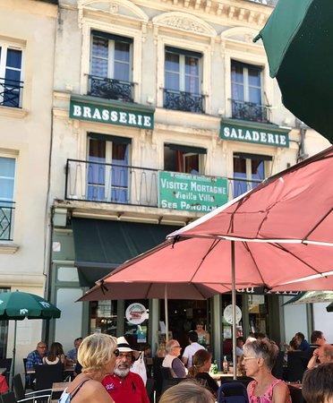Mortagne-au-Perche, France: Cafe du Theatre